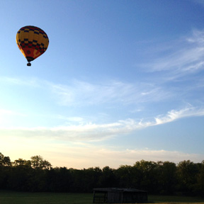 hot air balloon ride in leipers fork tennessee