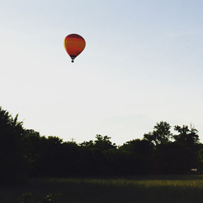 hot air balloon parachute